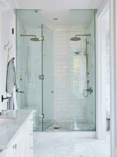 HGTV Canada - Sarah Off the Grid (Season 1) - Master Bathroom - Shower Enclosure
