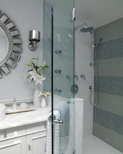 Photo Credit: HGTV Canada: Sarah's House – Main Bathroom - Shower Enclosure - January 2017