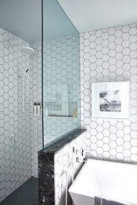 7-sarah-off-the-grid-2019-master-bathroom-shower