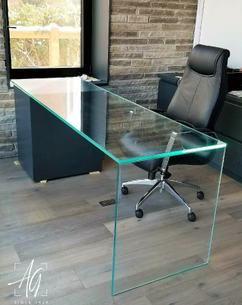 UV Glued, Waterfall Glass Desktop